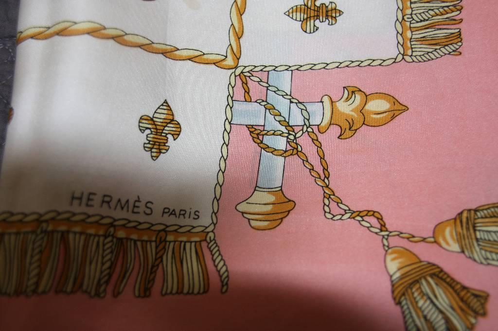 Foulards HERMES | Puces Privées