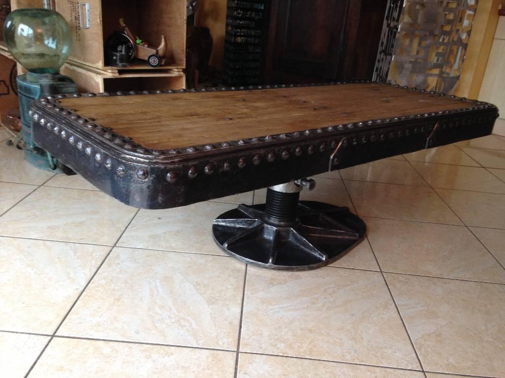 Table basse industrielle bois métal   Puces Privées