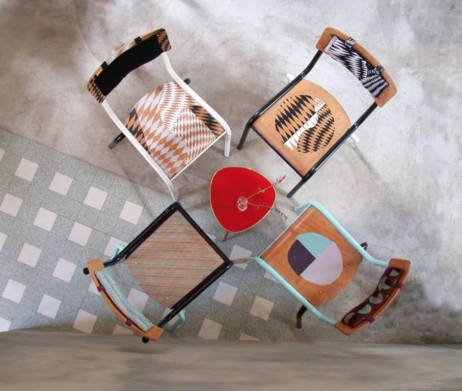 Chaises d'école revisitées par Meubles Métis   Puces Privées