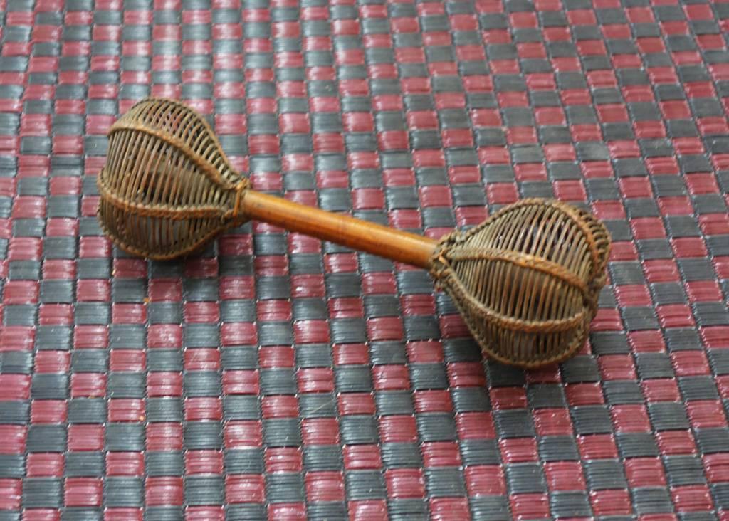Instrument de musique africain fin XIXème siècle   Puces Privées